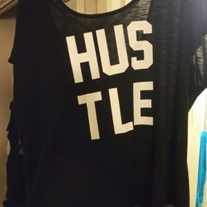 Torrid active hussle top in a size 2
